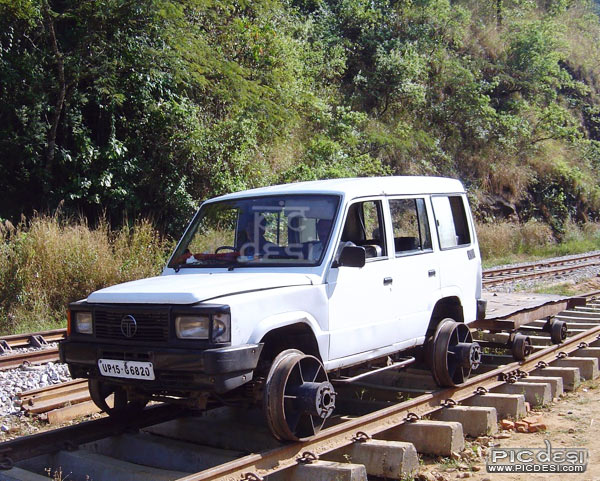 Tata Sumo on Railway Track India Funny Picture