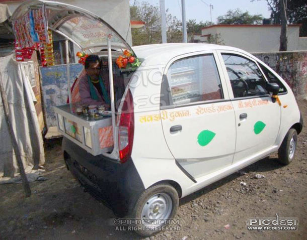 Only in India Luxury PAAN Shop in Car India Funny Picture