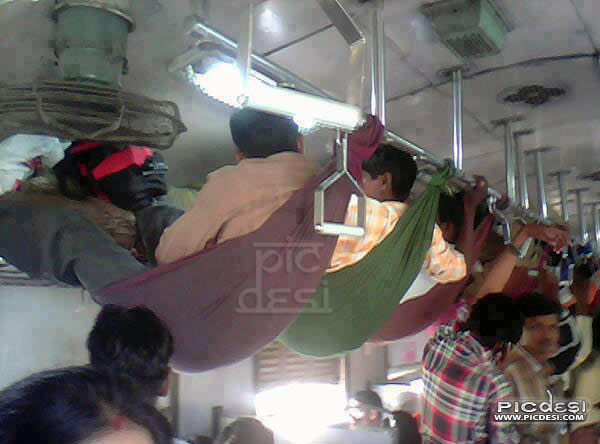 Indian Train Sleeper Jugaad Funny India Funny Picture