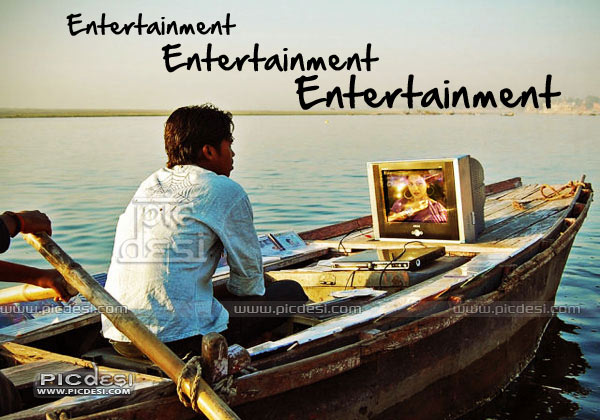 Entertainment in Boat Desi Jugaad India Funny Picture