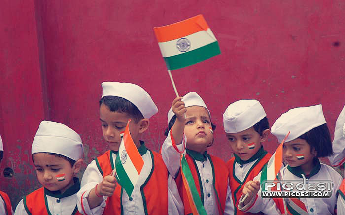 Cute Kids with Indian Flag India Picture
